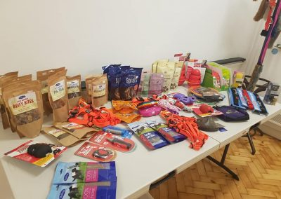 Dog treats and toys from superhounds for puppy training classes